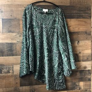 Laundry Green & Black Print Bell Sleeve Blouse